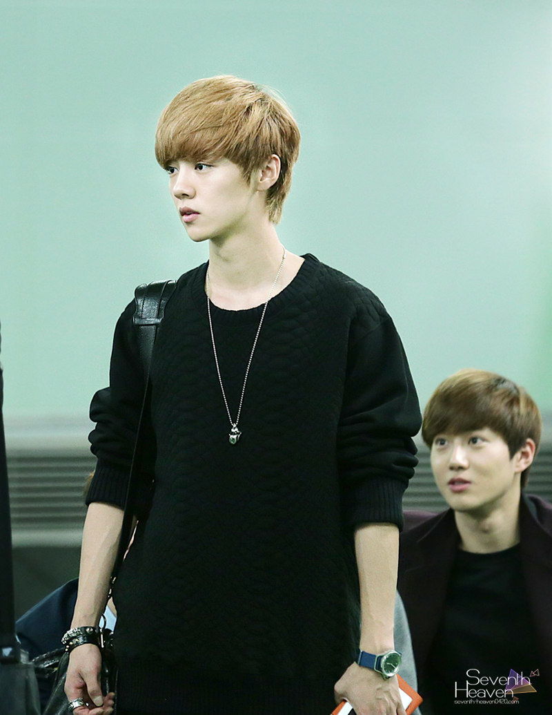 Airport Pictures] EXO @ Haneda Airport Heading for SMTOWN Japan | Exo ...