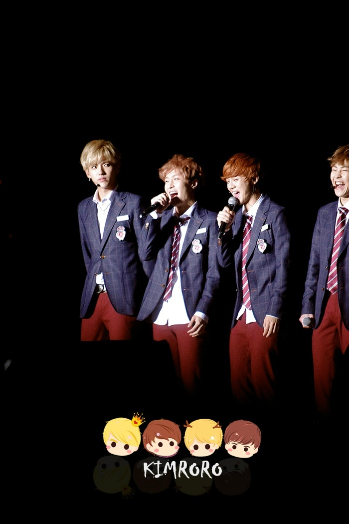 FANCAM] Baekhyu... Xiumin And Lay