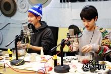 Baekhyun & D.O. making food