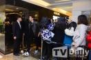 Chanyeol Leaving the Scene_2