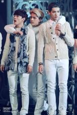 Chen, Sehun & Kris in sweaters_2