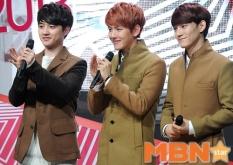 D.O., Baekhyun,Chen, all smiles