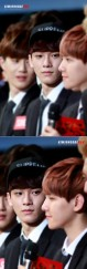 Chen Staring at Baekhyun