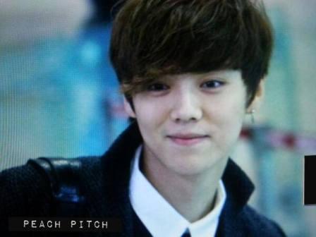 Luhan_smiling