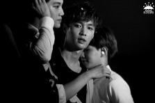 Yixing & Kai black and white