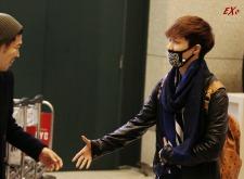 Yixing & lucky fanboy_2