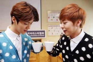 Xiumin & Luhan_Coffee_Time (5)