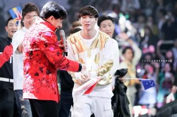 Lay & Jackie Chan