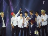 Suho, Chen, Lay, Xiumin, Sehun, Chanyeol, Baekhyun & Tao