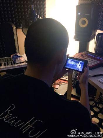 Kris in his Studio_04
