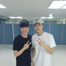 baek_seung_hyun_: Sehun, with his overwhelming stage Charisma. We didn't have enough time to take a photo last time, but we were more fortunate today!! Thank you for giving me the chance to see this super cool concert😁 94 Sehun was cool!! Fighting! (160801)