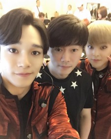 naejongseok: I've been working at the venue for 6 days over the past two weeks so I got a chance to take a photo keke Good job everyone on the concert~^^ (160801)
